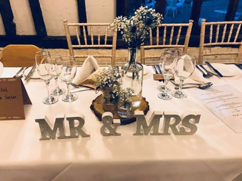 mr+mrs letters at a wedding