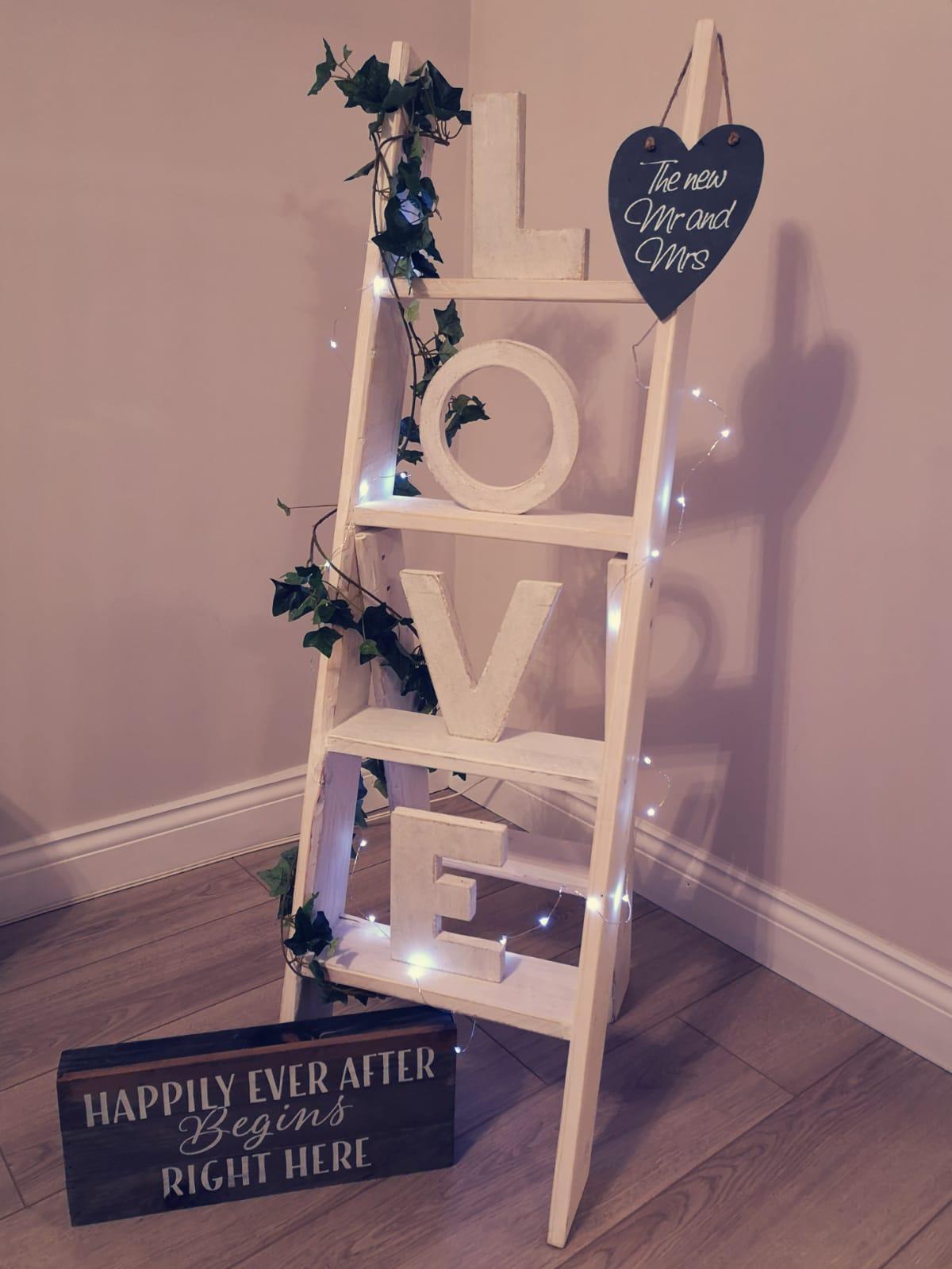 Ladder LOVE