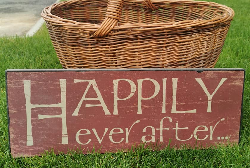Happily ever after red sign