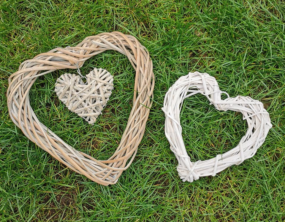This image has an empty alt attribute; its file name is smaller-wicker-hearts.jpg